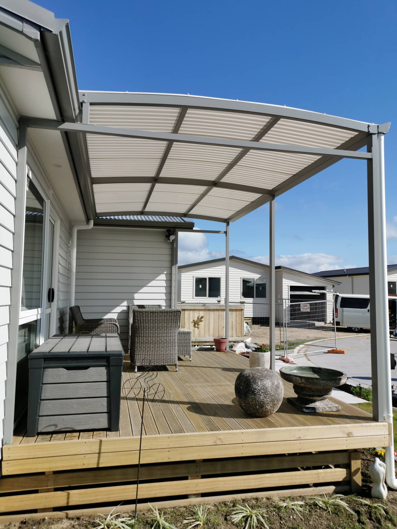 awnings curved